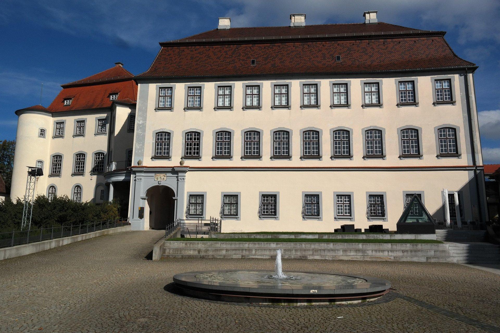 Schloss Laupheim als Sinnbild, dass die Agentur für Suchmaschinenoptimierung hier tätig ist